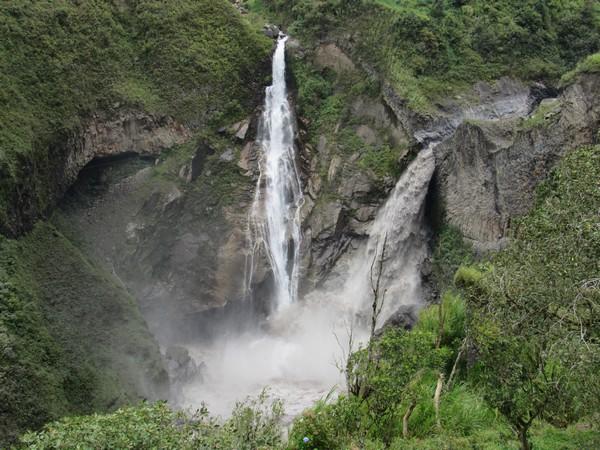 Une cascade en Equateur.