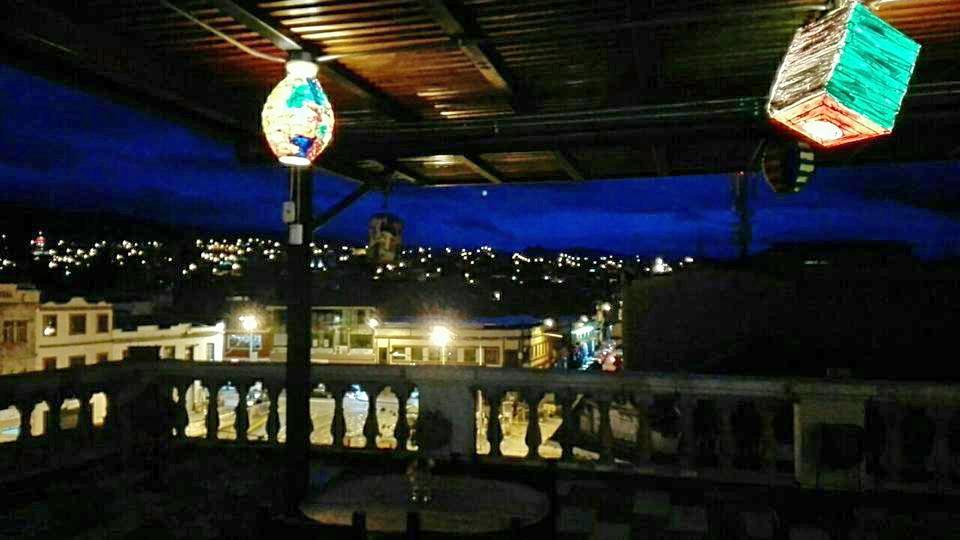 Cuenca de nuit.